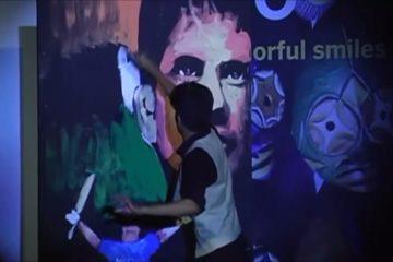 Vilas Nayak painting Master Blaster Sachin Tendulkar for India Inclusion Summit